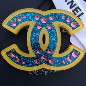 CHANEL Authentic CC Brooch Hellenic Pop NWT